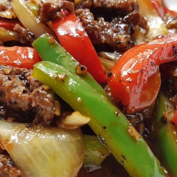 60. Boeuf au poivre noir 黑椒牛肉