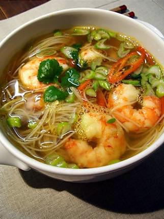 200C. Soupe vermicelles au crevettes 虾汤米